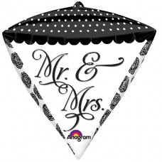 DMZ:Sophisticated Mr. & Mrs.